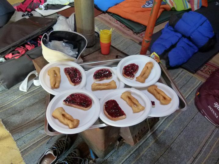 Frühstück in der Jurte