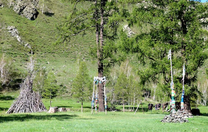 Kraftplätze bei Schamanen in der Mongolei