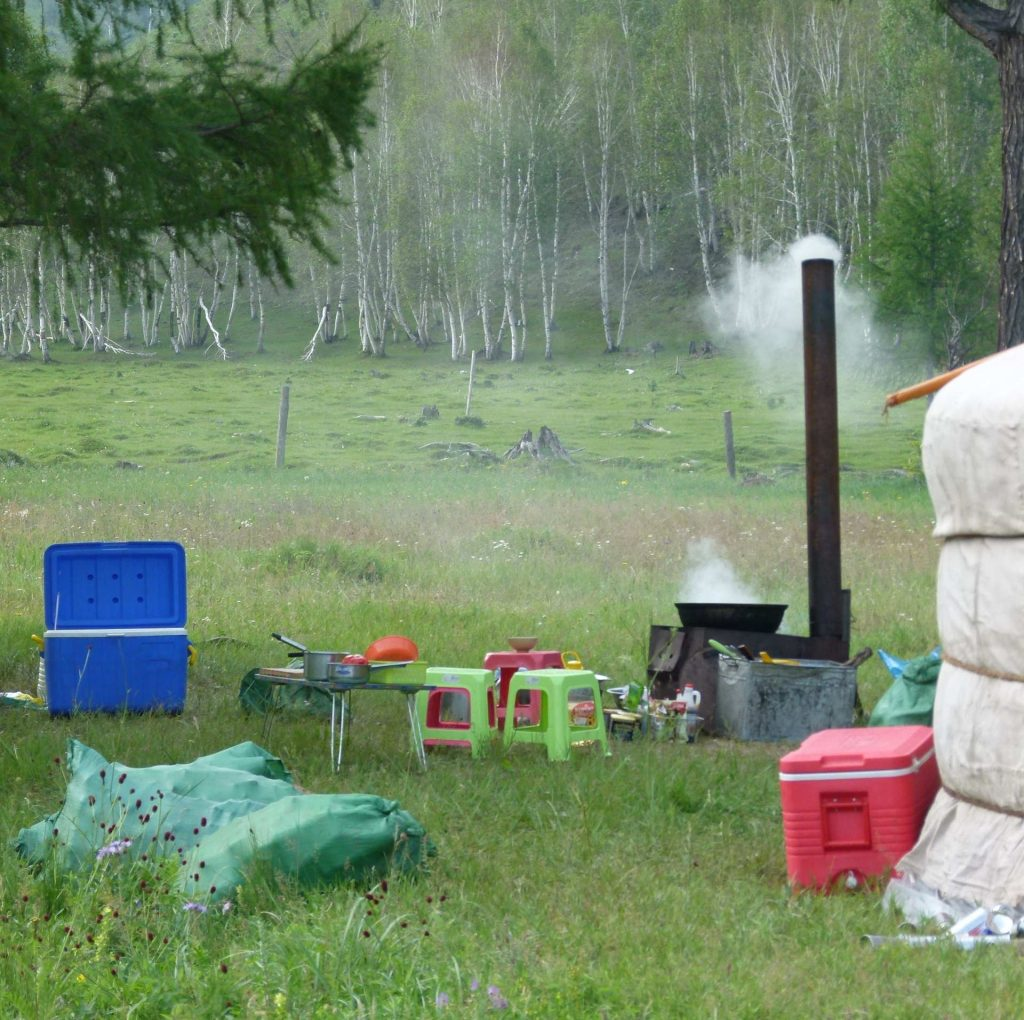 Kochplatz auf der Wiese